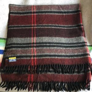 Vintage Wool O the west plaid fringed throw